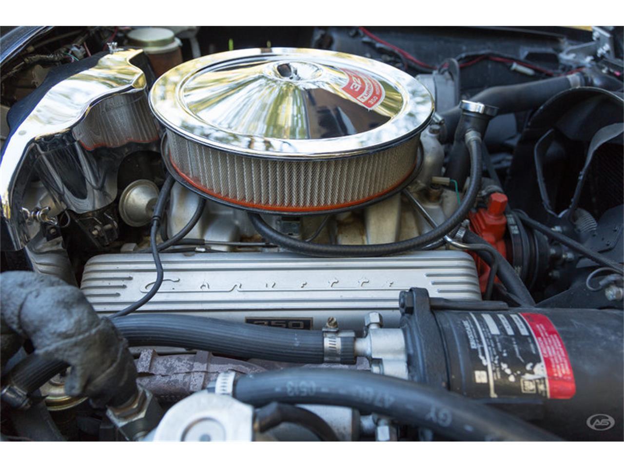 Large Picture of Classic '66 Chevrolet Corvette - JMLY