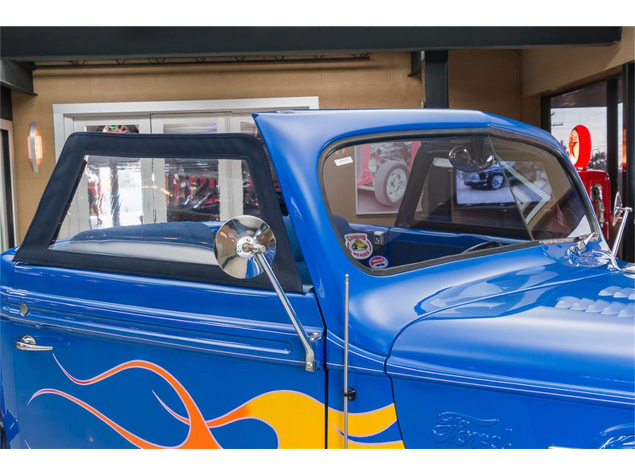 Large Picture of Classic '47 Ford Pickup - JIQ0