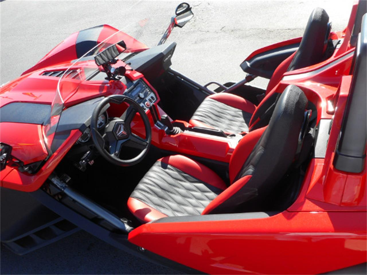 Large Picture of '15 Polaris Slingshot - $18,999.00 Offered by Classic Connections - JOAT