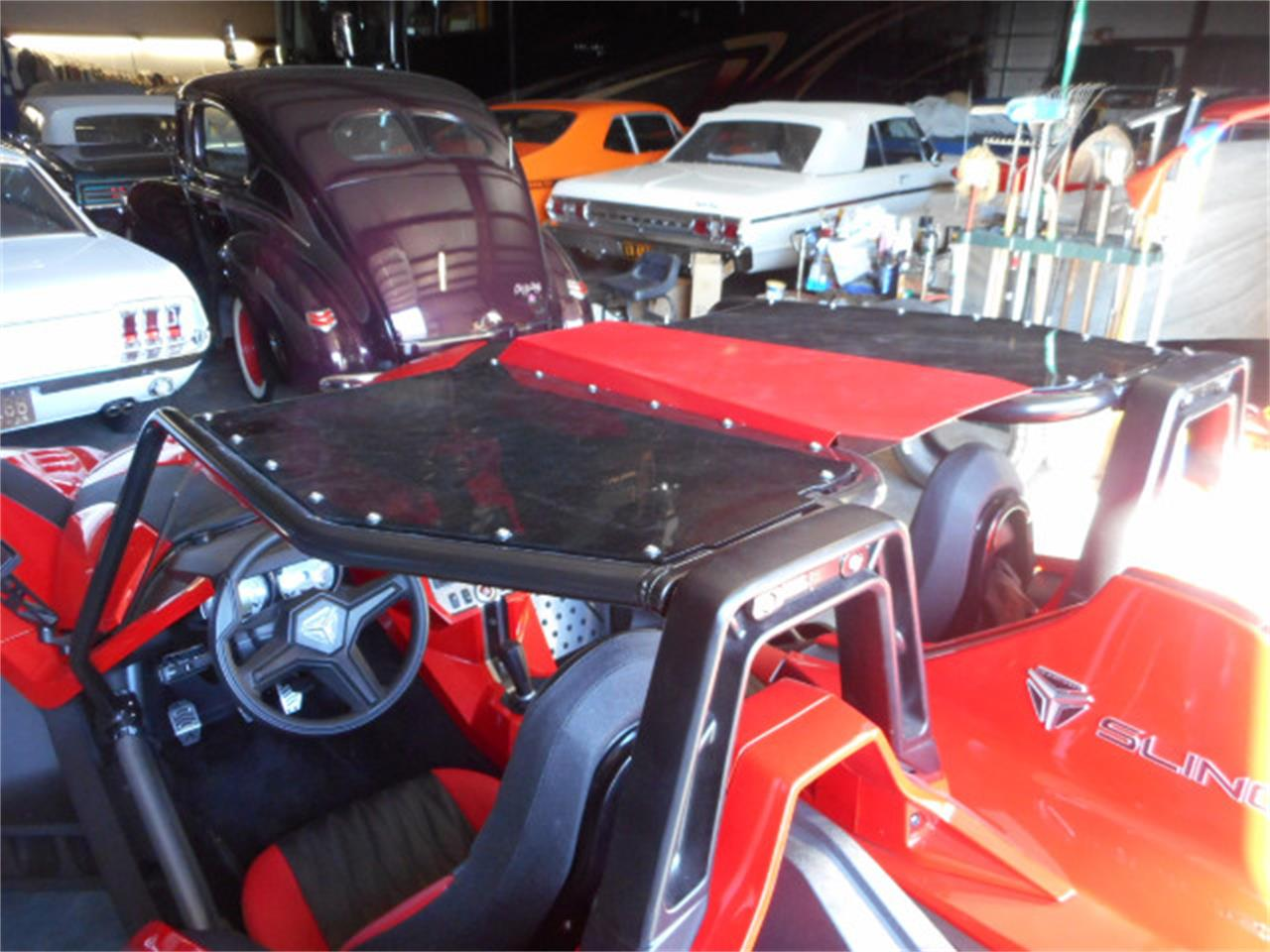 Large Picture of 2015 Polaris Slingshot - JOAT