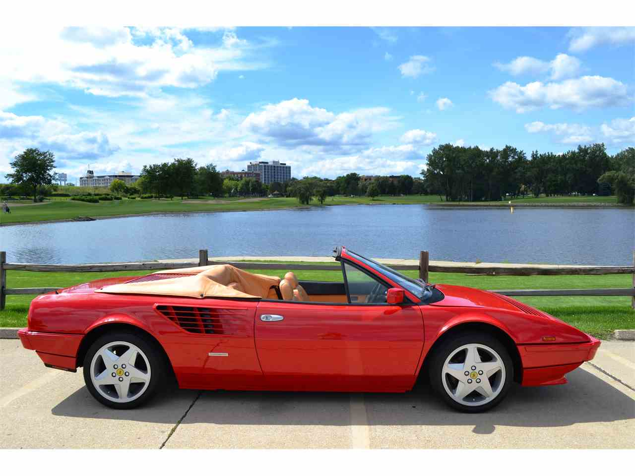 Large Picture of '85 Ferrari Mondial Offered by Roadster Salon - JOFL