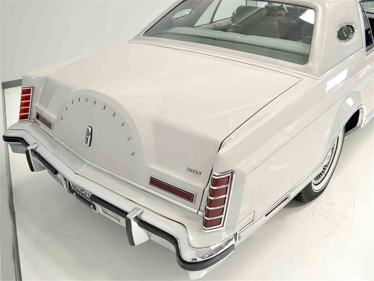 Large Picture of '77 Lincoln Continental Mark V located in Ohio - $13,900.00 Offered by Harwood Motors, LTD. - JOGC