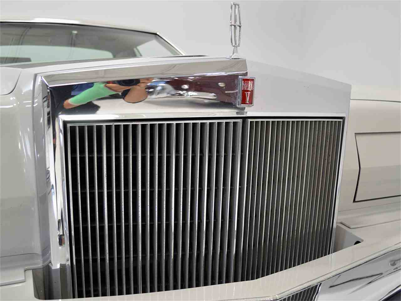 Large Picture of 1977 Lincoln Continental Mark V located in Macedonia Ohio - $13,900.00 - JOGC
