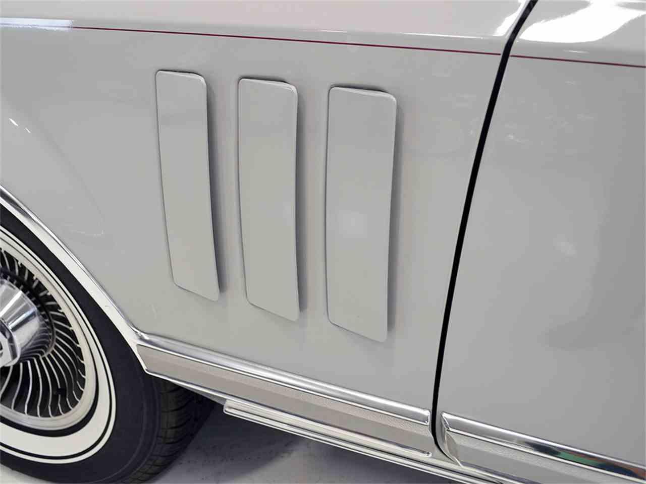Large Picture of '77 Continental Mark V - $13,900.00 - JOGC