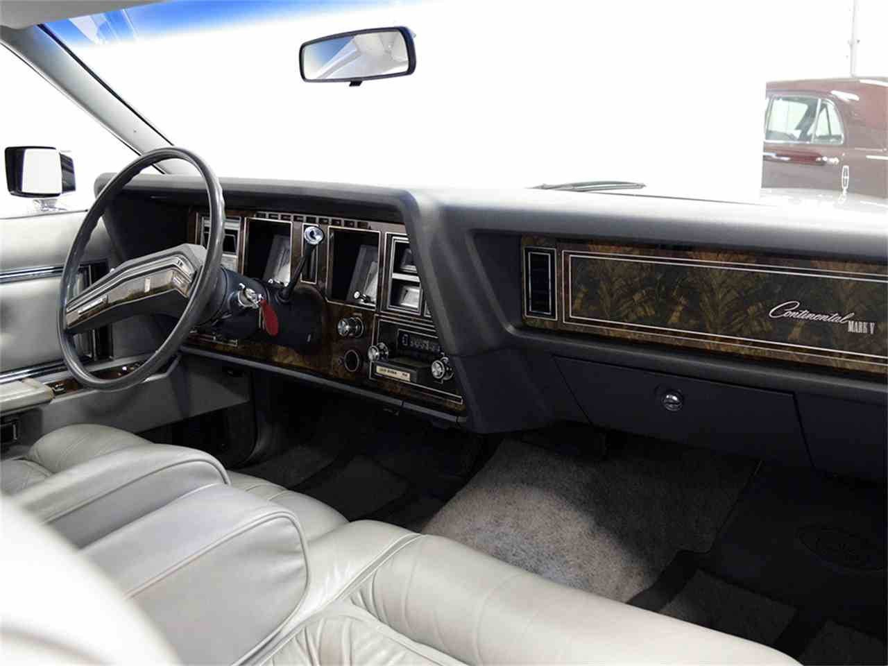 Large Picture of '77 Continental Mark V - JOGC