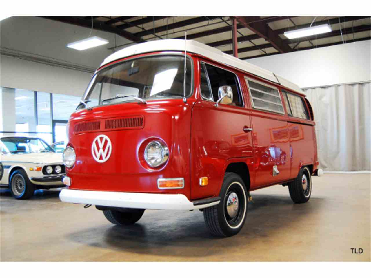 Large Picture of '71 Camper - JIT8