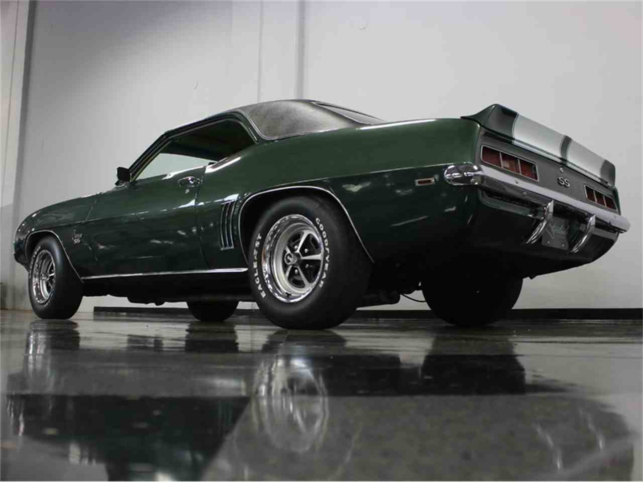 Large Picture of '69 Camaro SS - JP0Q