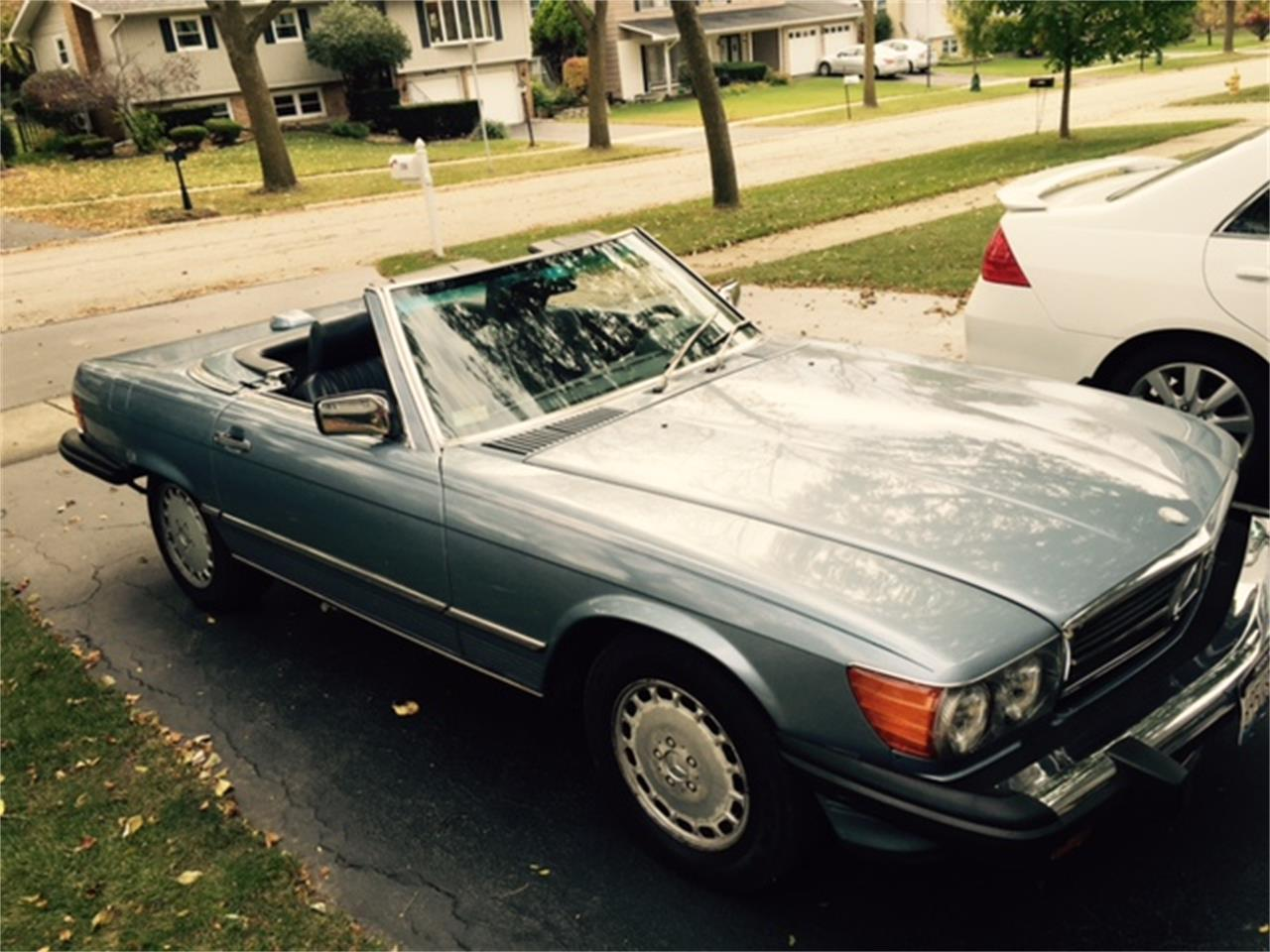 Large Picture of '86 560SL located in Illinois - JP35
