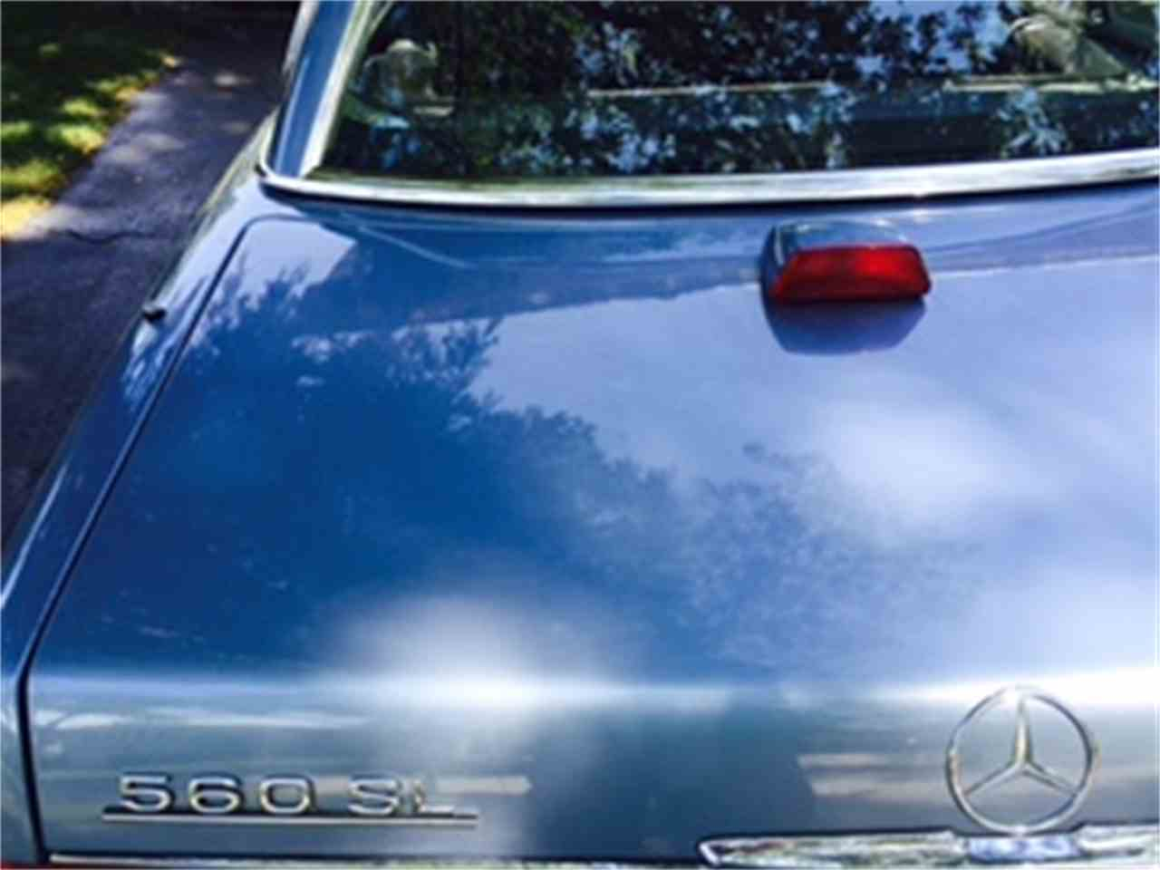 Large Picture of '86 Mercedes-Benz 560SL located in DOWNERS GROVE Illinois - $7,900.00 Offered by a Private Seller - JP35