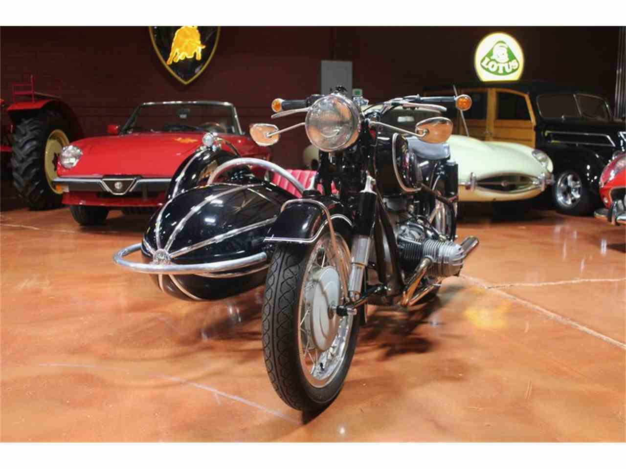 Large Picture of Classic 1965 BMW R60 Offered by EMG - JP7V