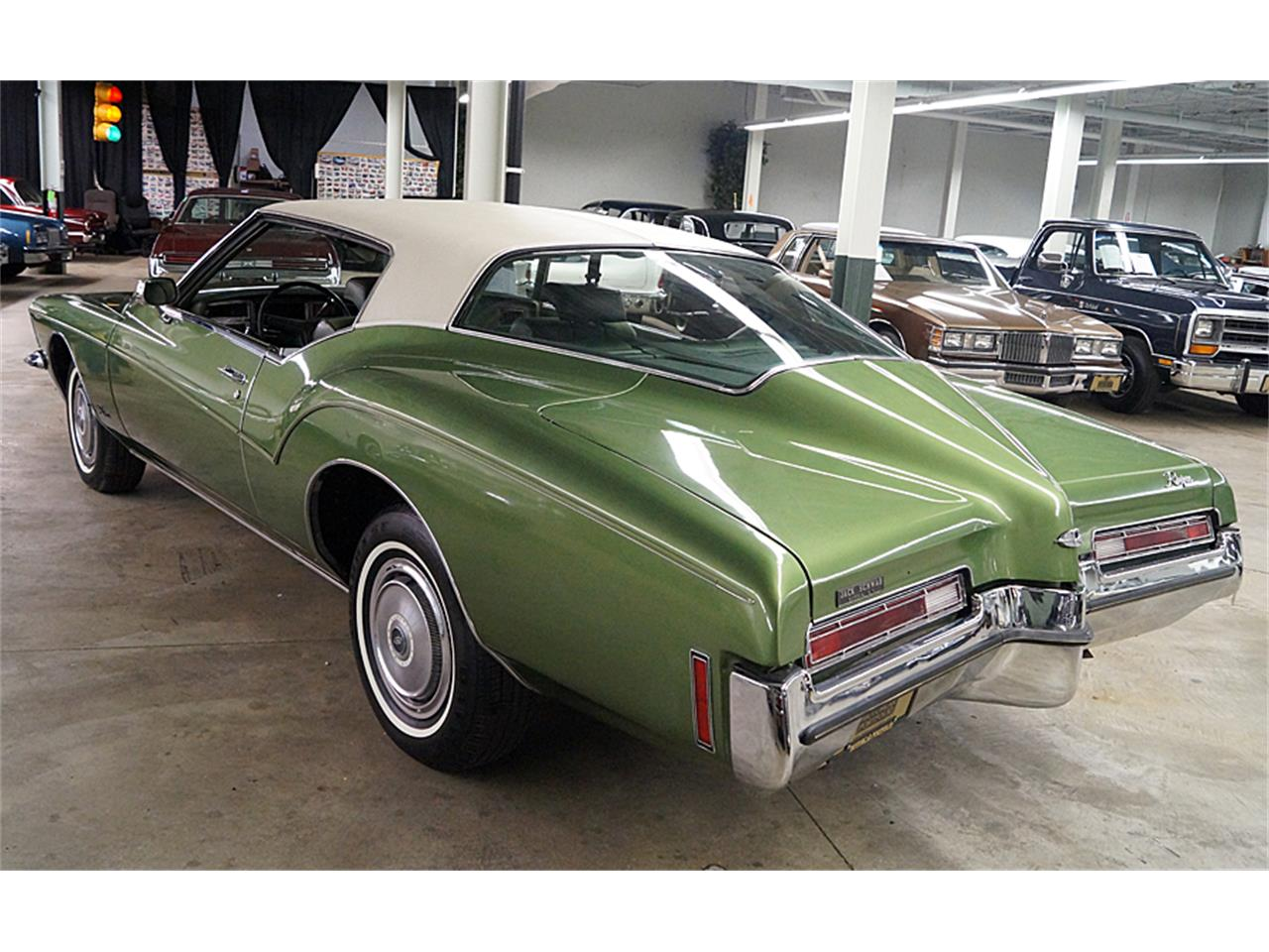 Large Picture of '72 Riviera - JPCP