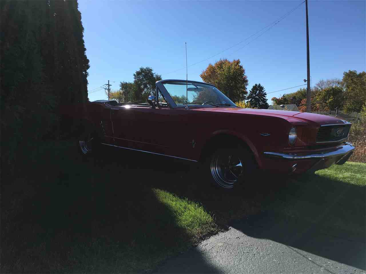 Large Picture of Classic 1966 Ford Mustang located in Illinois - JPF7
