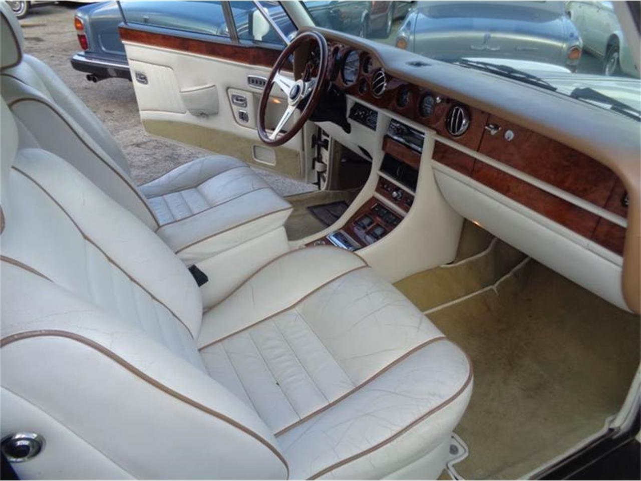 Large Picture of '89 Corniche located in Fort Lauderdale Florida - $69,950.00 Offered by Prestigious Euro Cars - JPI2