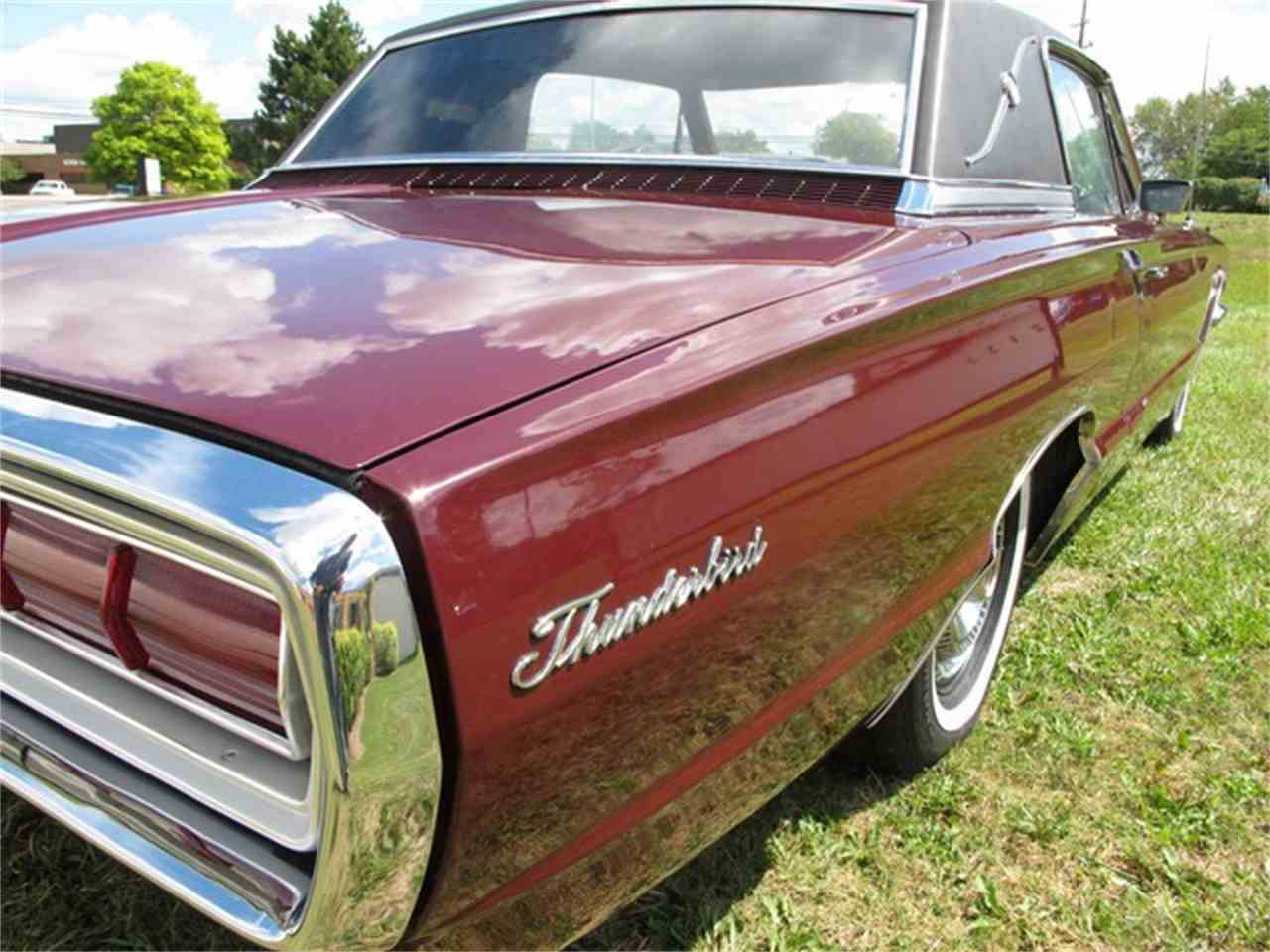 Large Picture of Classic 1966 Ford Thunderbird - $14,500.00 Offered by Classic Auto Showplace - JPQ4