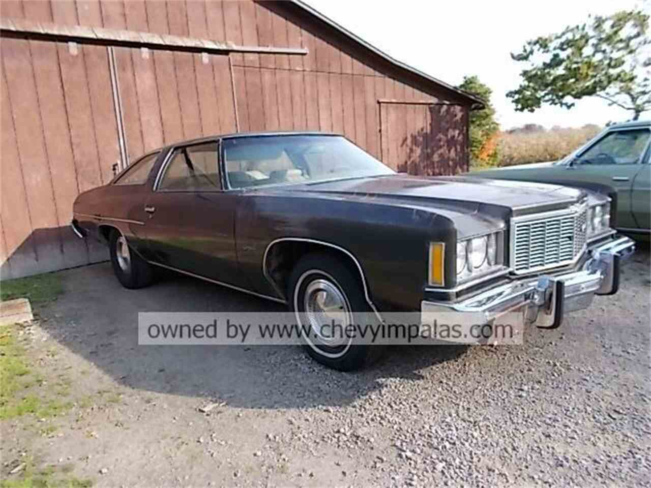 Large Picture of 1975 Chevrolet Impala located in Creston Ohio Offered by ChevyImpalas.Com - JPVU