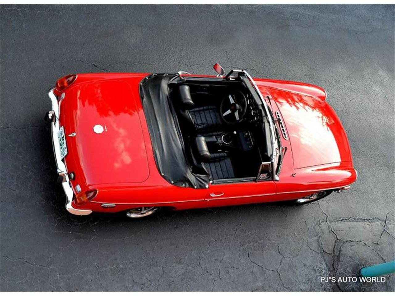 Large Picture of '74 MGB - JQNO