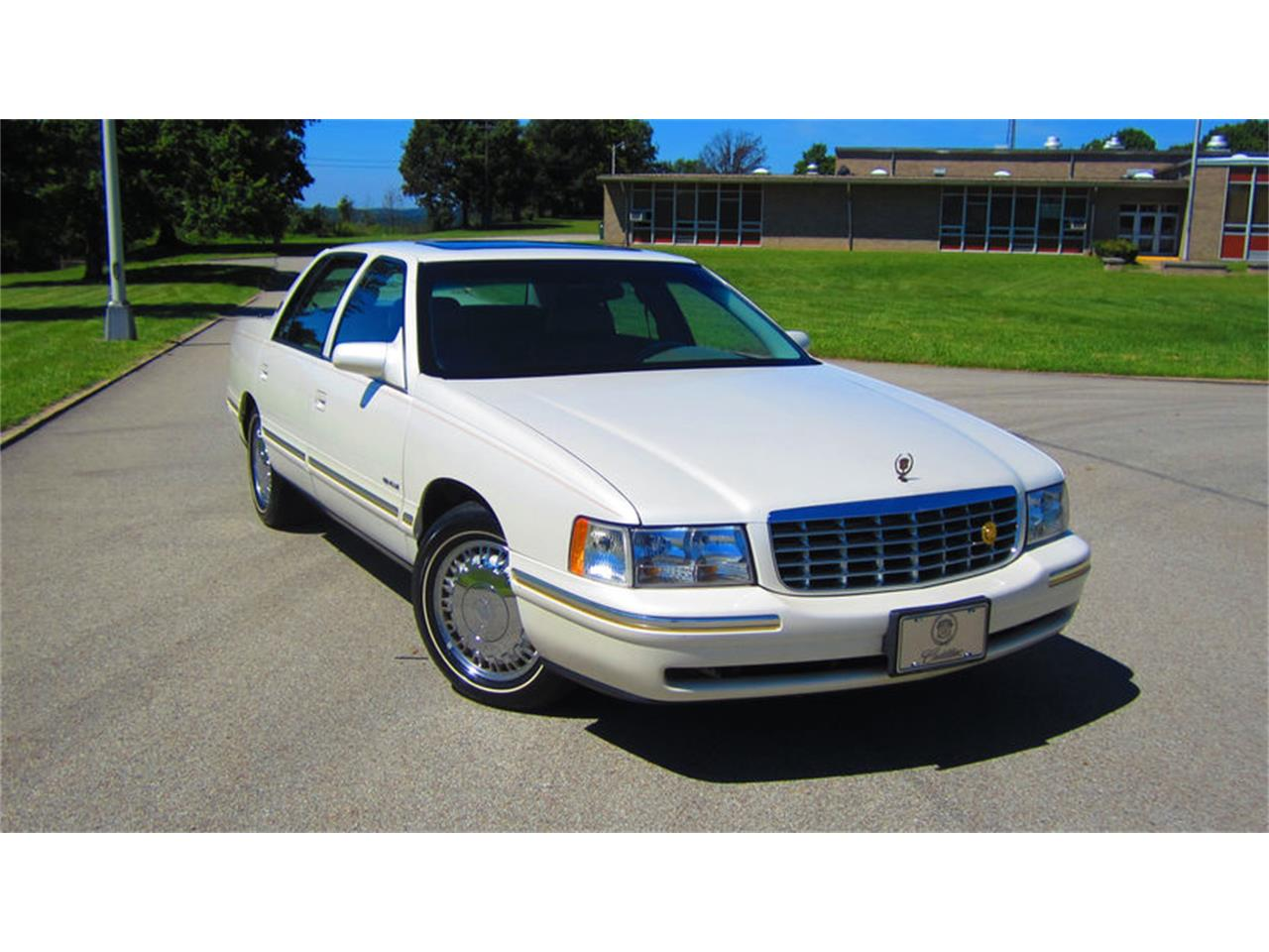 1999 cadillac deville for sale classiccars com cc 921348 rh classiccars com