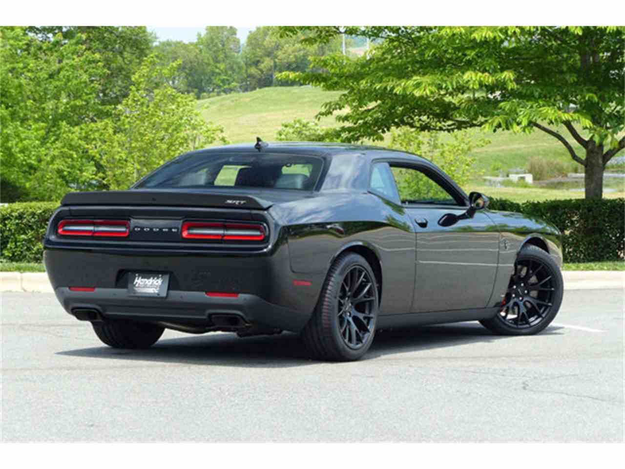 Large Picture of '15 Challenger - JPZL