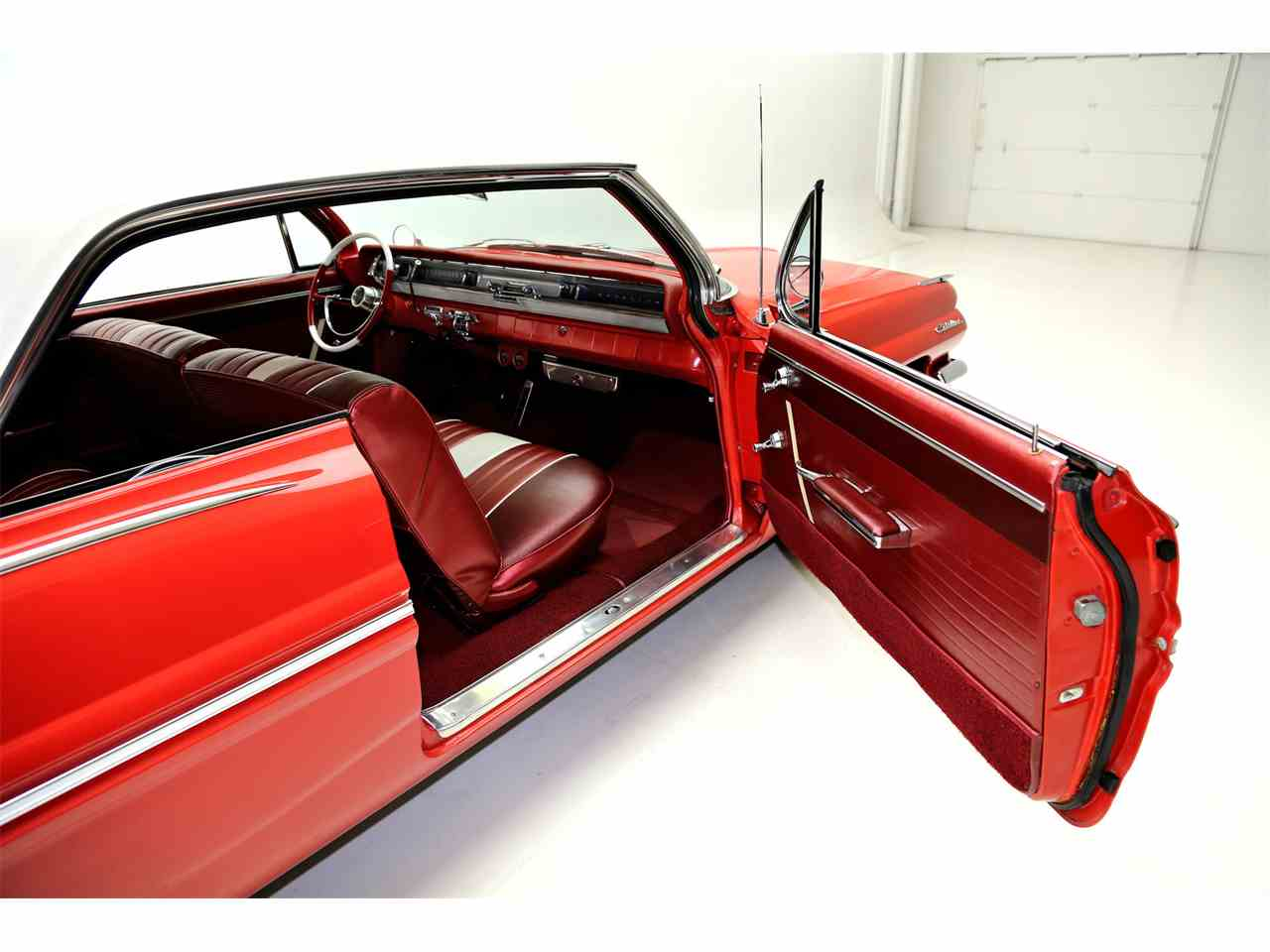 Large Picture of Classic '62 Pontiac Catalina located in Des Moines Iowa - $29,900.00 - JRF9