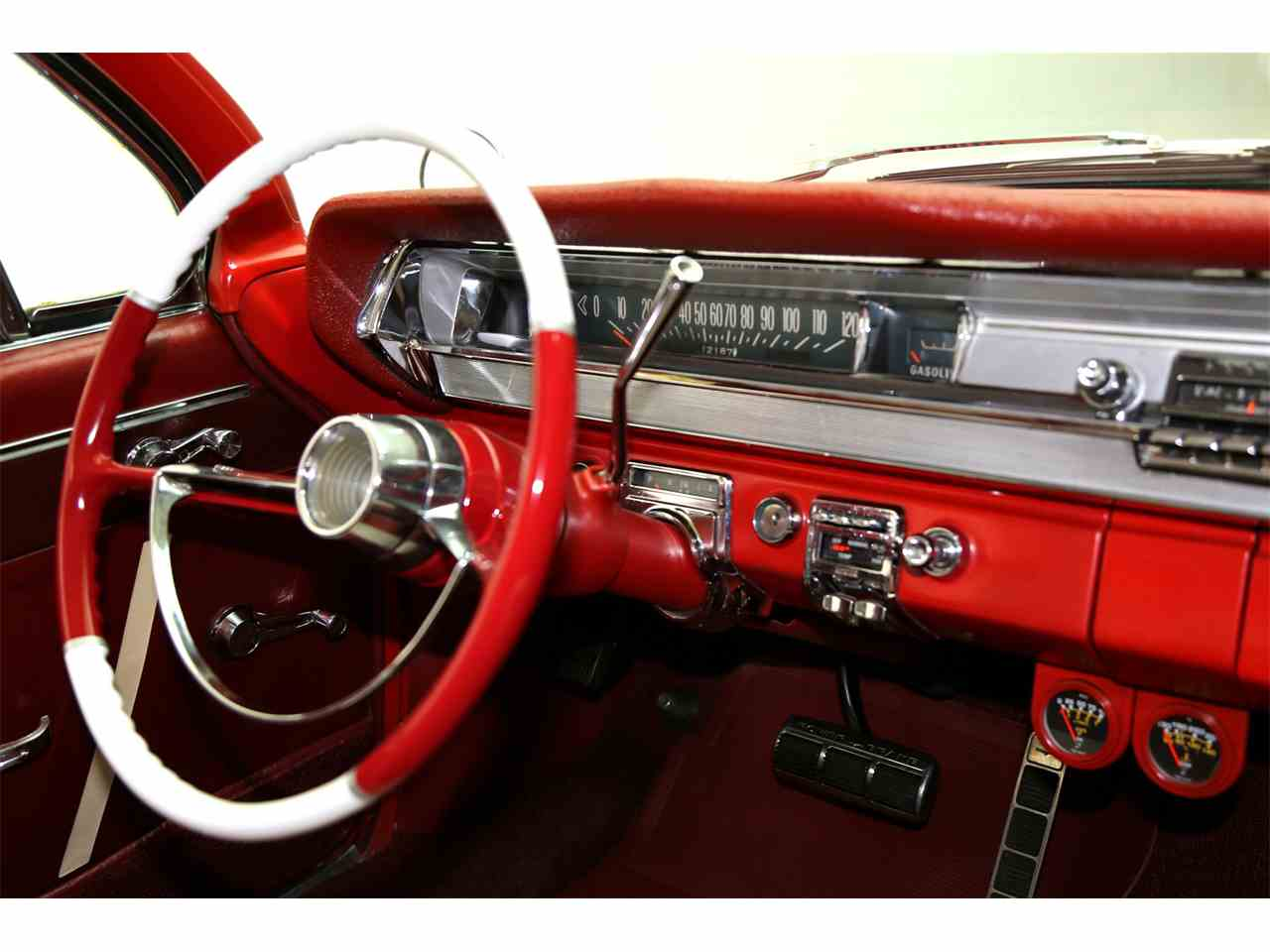 Large Picture of 1962 Catalina Offered by American Dream Machines - JRF9