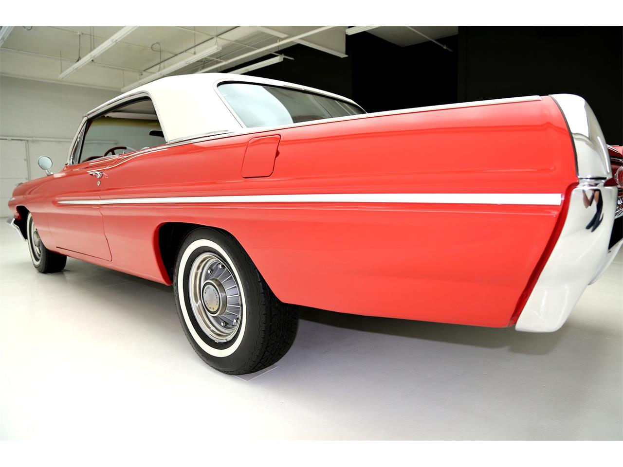 Large Picture of '62 Catalina - $27,900.00 Offered by American Dream Machines - JRF9
