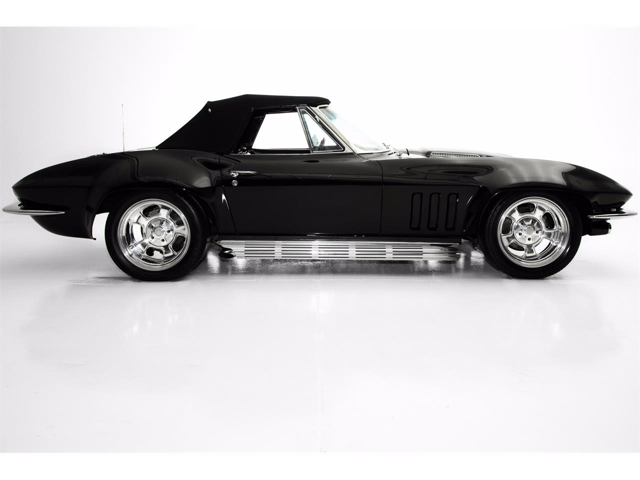 Large Picture of 1966 Chevrolet Corvette located in Des Moines Iowa - JRG1