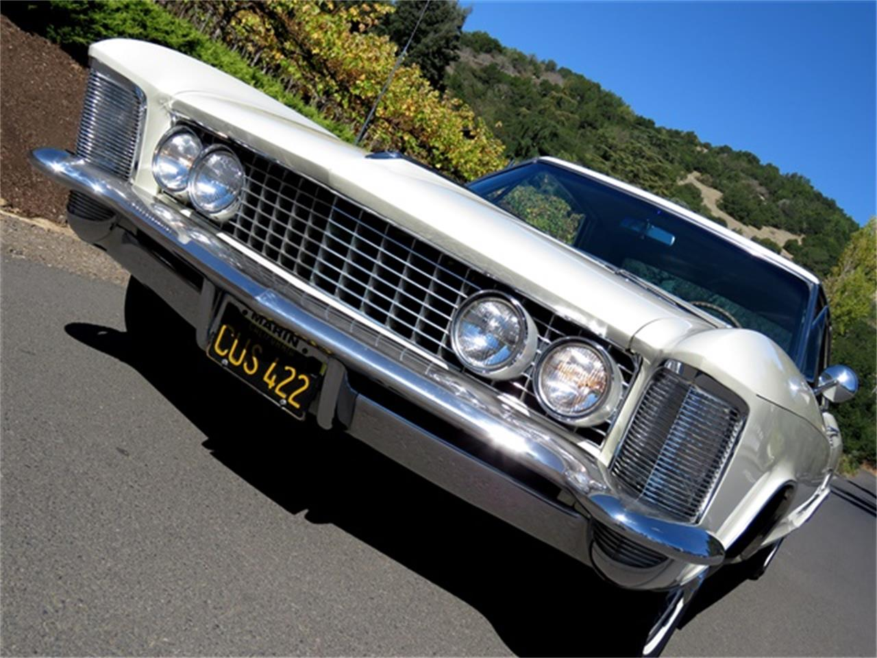 Large Picture of '63 Riviera - JQ1K