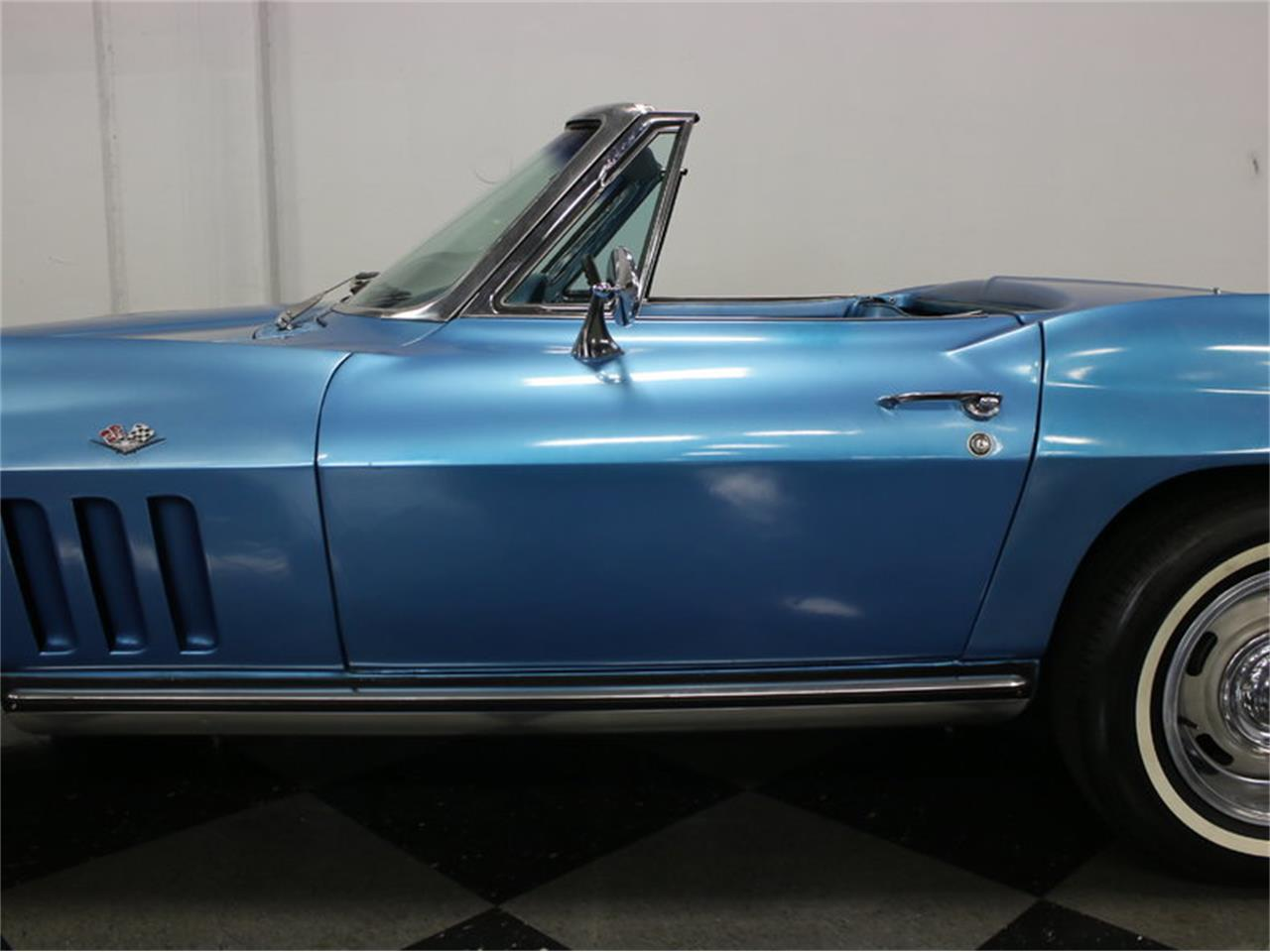 Large Picture of 1965 Chevrolet Corvette located in Ft Worth Texas - $47,995.00 Offered by Streetside Classics - Dallas / Fort Worth - JRNP