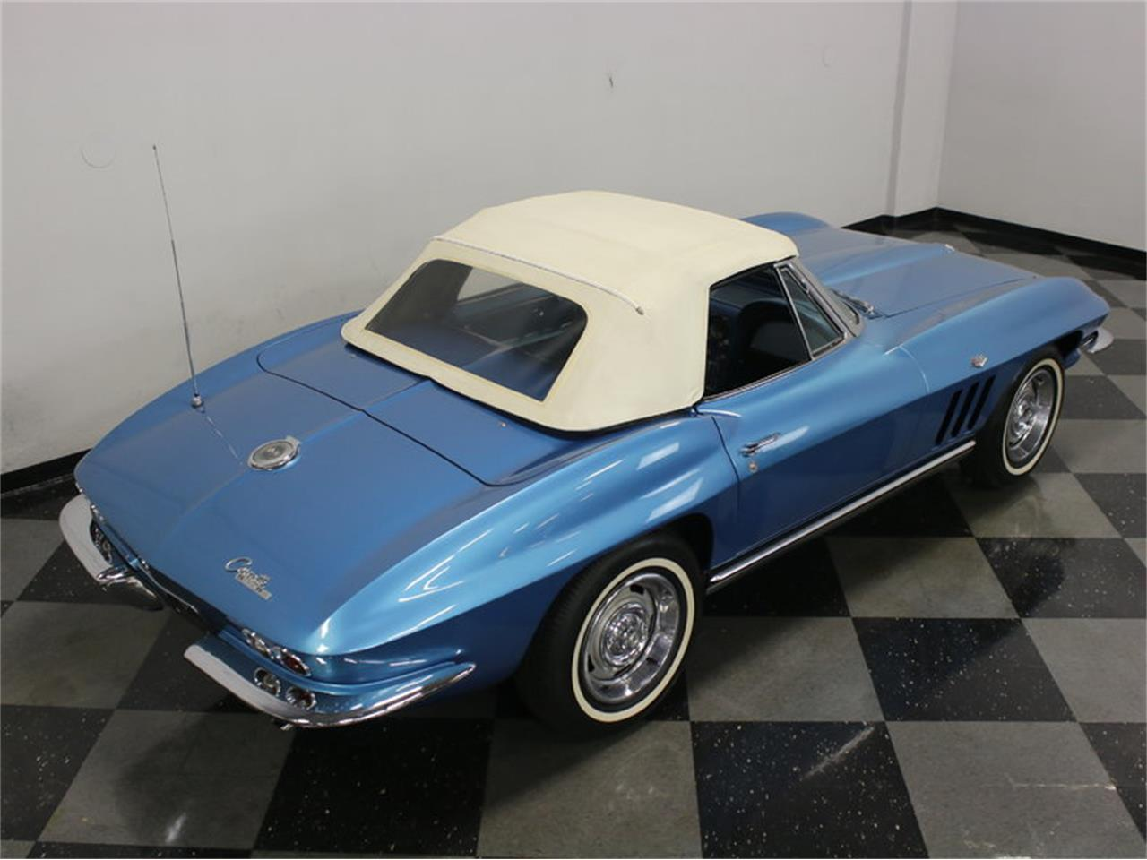 Large Picture of '65 Corvette - $47,995.00 Offered by Streetside Classics - Dallas / Fort Worth - JRNP
