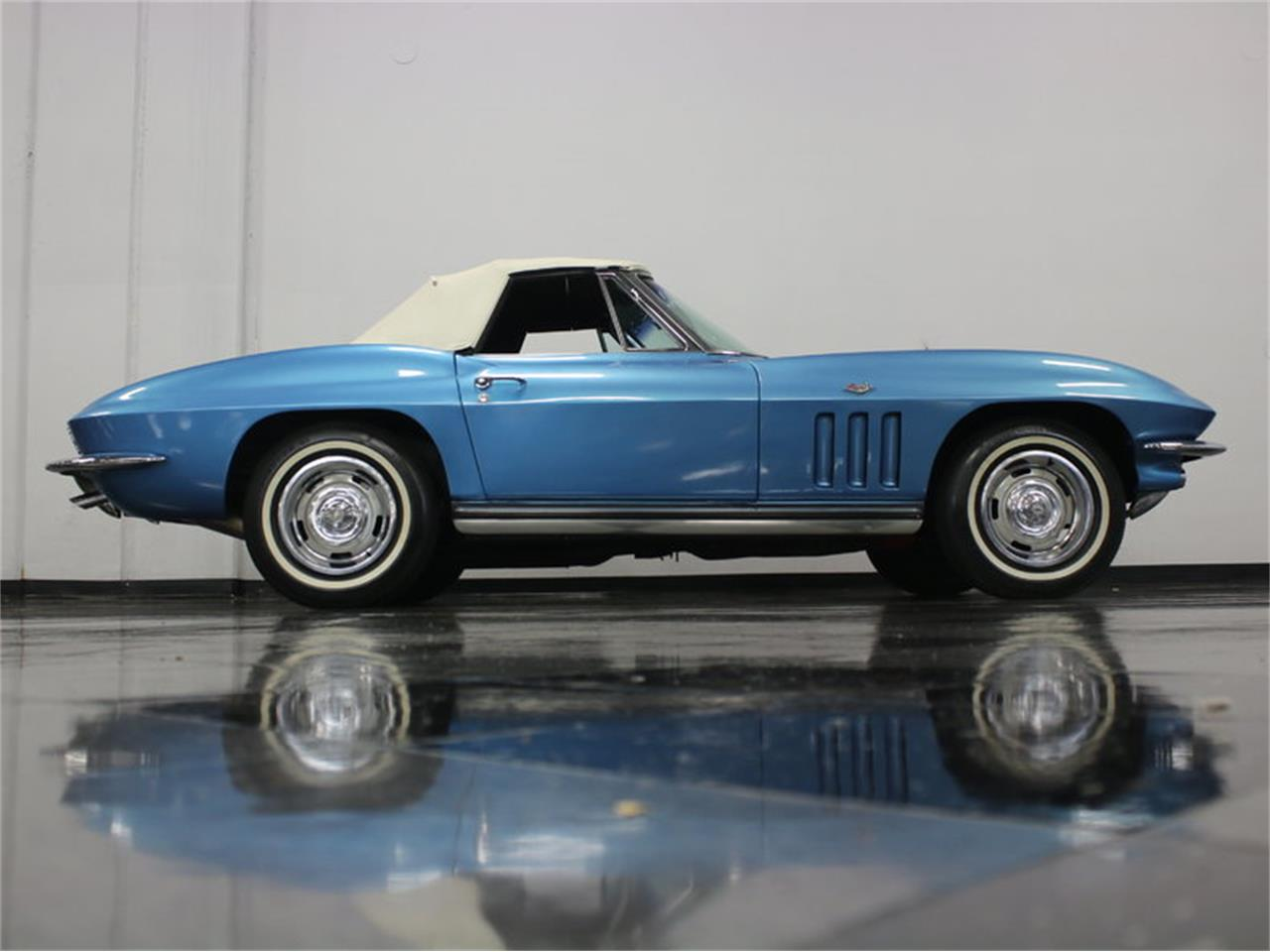 Large Picture of Classic 1965 Chevrolet Corvette located in Texas - JRNP