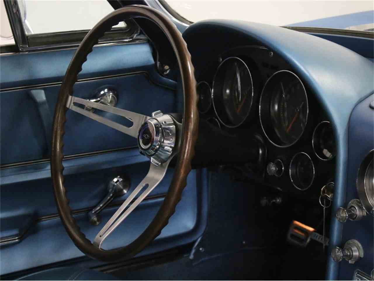Large Picture of 1965 Chevrolet Corvette Offered by Streetside Classics - Dallas / Fort Worth - JRNP