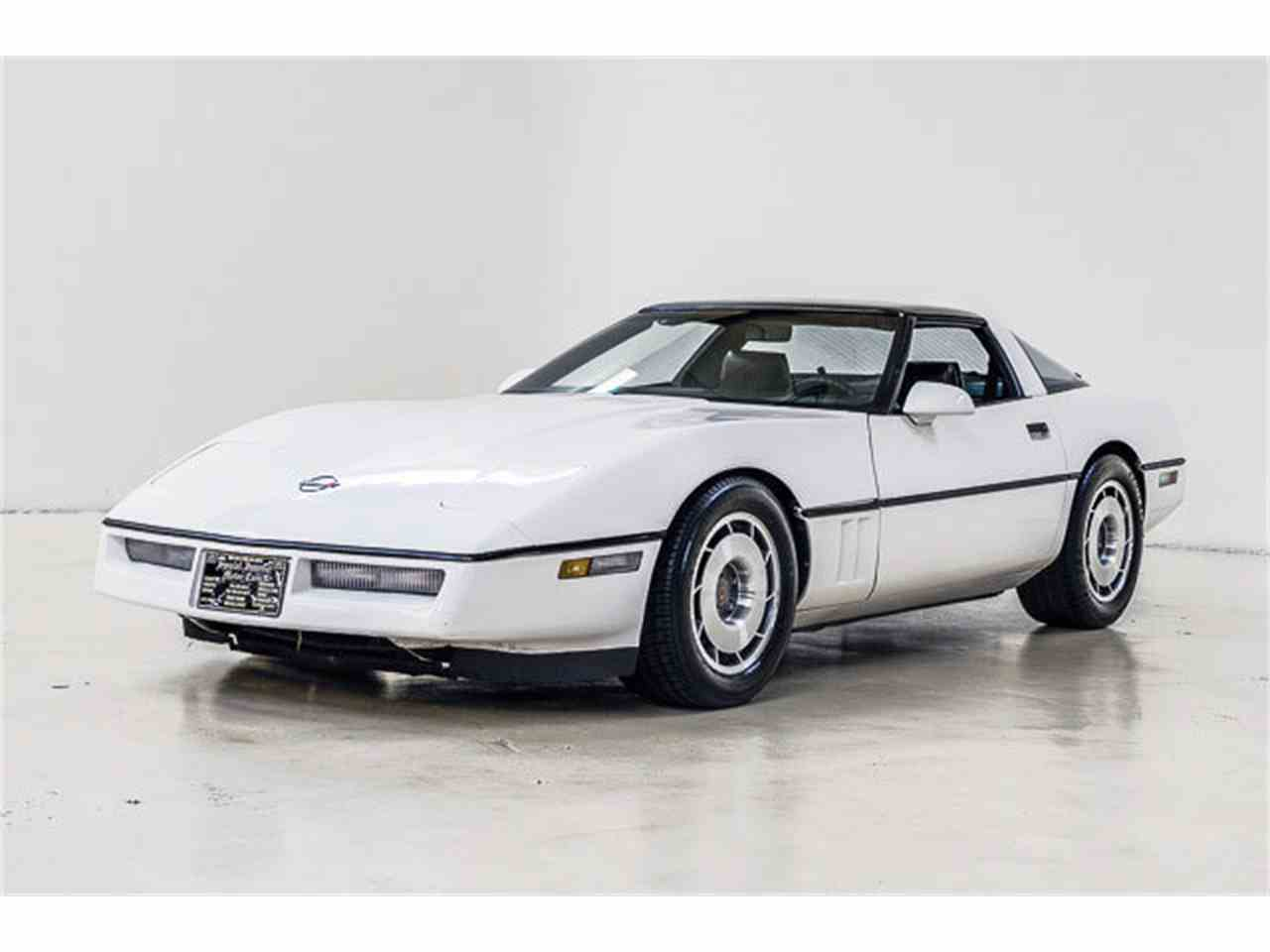 Large Picture of '86 Chevrolet Corvette located in Concord North Carolina Offered by Autobarn Classic Cars - JQ2I