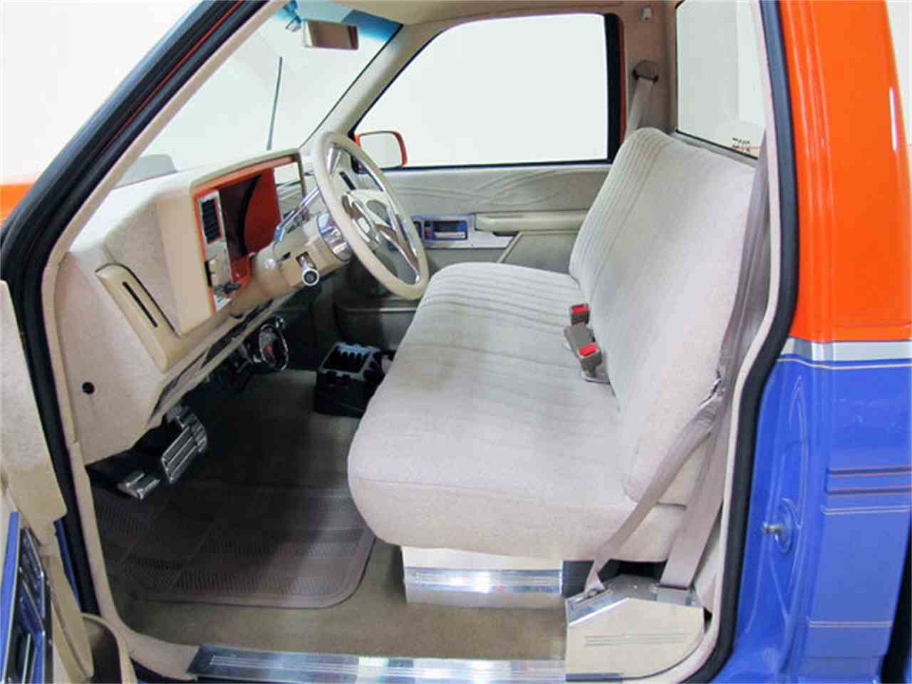 Large Picture of '88 C/K 1500 - $19,995.00 Offered by Autobarn Classic Cars - JQ2K