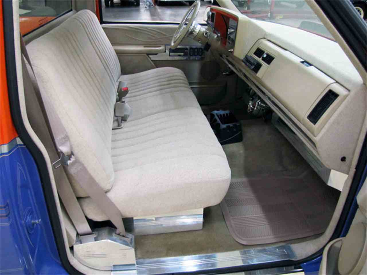 Large Picture of '88 Chevrolet C/K 1500 located in North Carolina Offered by Autobarn Classic Cars - JQ2K