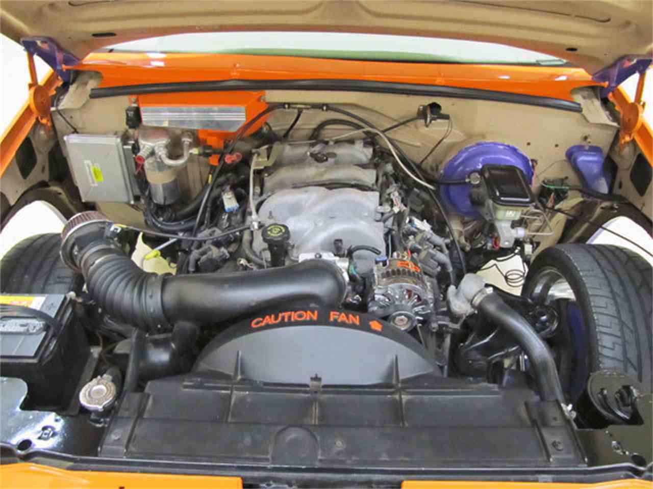 Large Picture of '88 Chevrolet C/K 1500 Offered by Autobarn Classic Cars - JQ2K