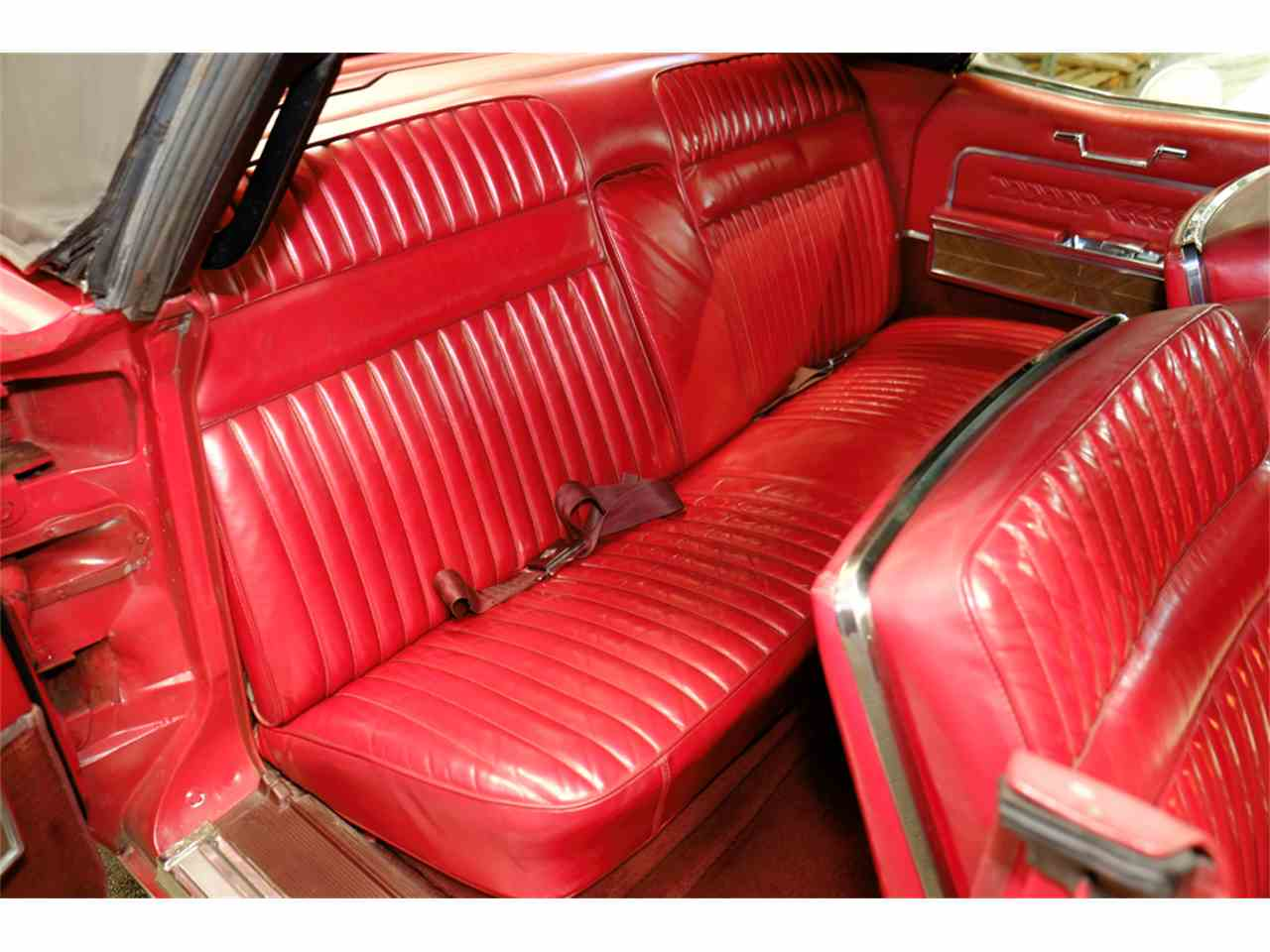Large Picture of Classic 1966 Lincoln Continental Offered by Automotion - JRW9