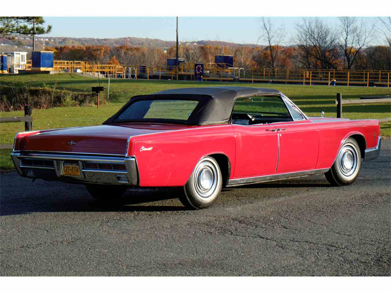 Large Picture of Classic '66 Lincoln Continental located in New York - $34,900.00 - JRW9