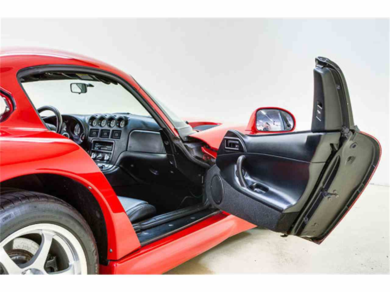 Large Picture of '97 Dodge Viper located in Concord North Carolina - $44,995.00 Offered by Autobarn Classic Cars - JQ36