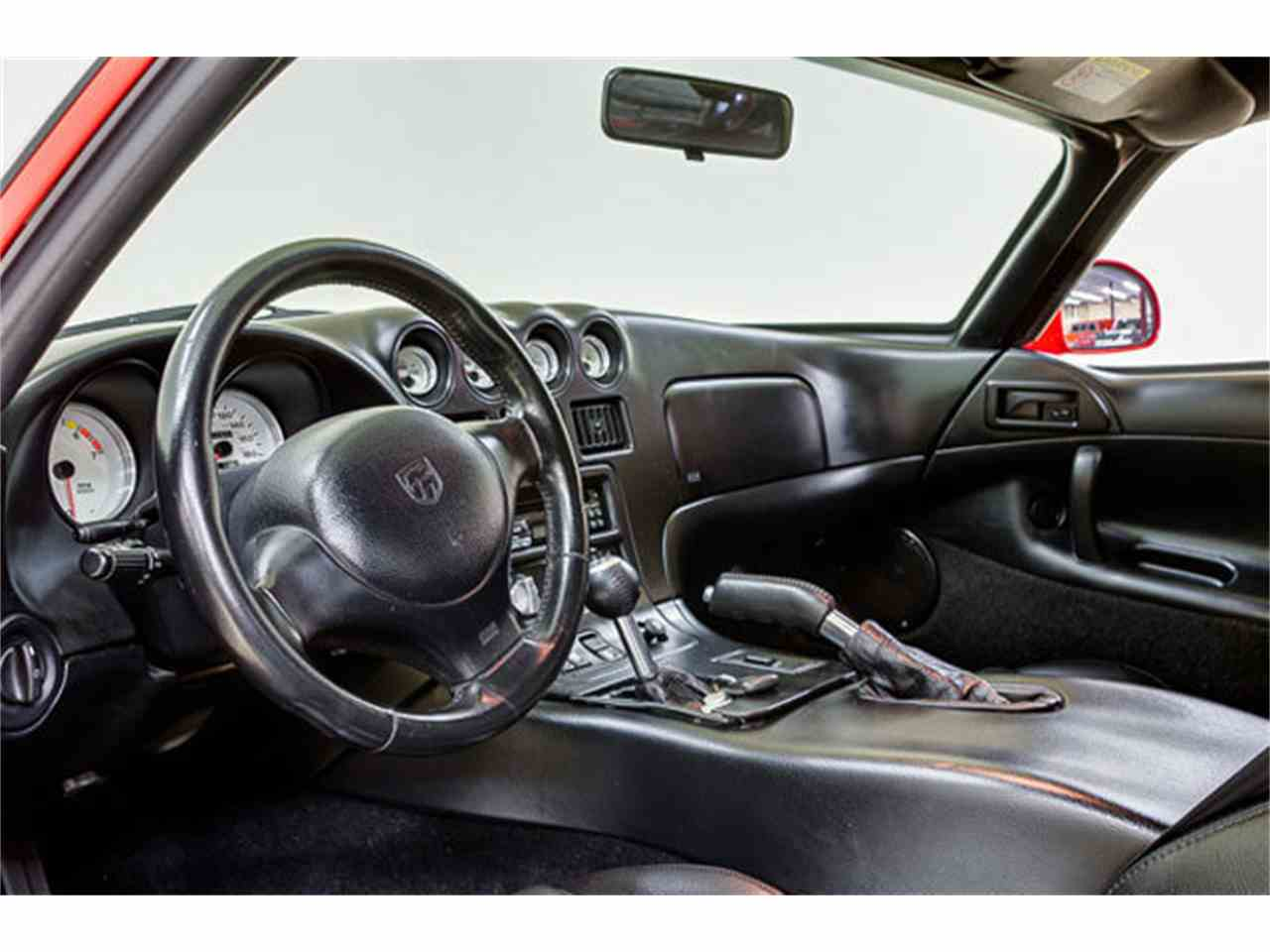 Large Picture of 1997 Dodge Viper located in North Carolina Offered by Autobarn Classic Cars - JQ36