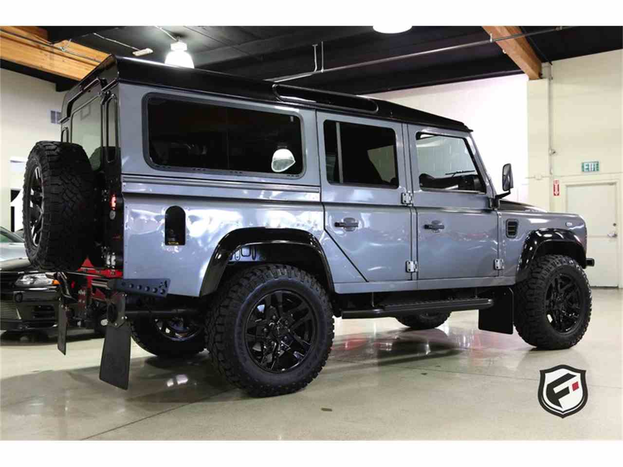 Large Picture of '94 Defender Offered by Fusion Luxury Motors - JSI7