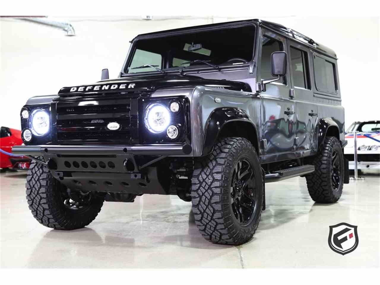 Large Picture of '94 Defender located in California Auction Vehicle - JSI7