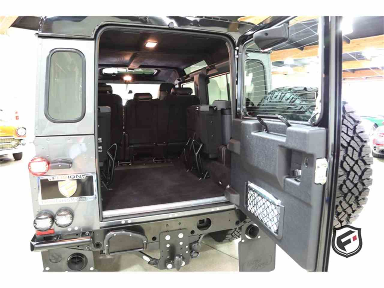 Large Picture of '94 Land Rover Defender - JSI7