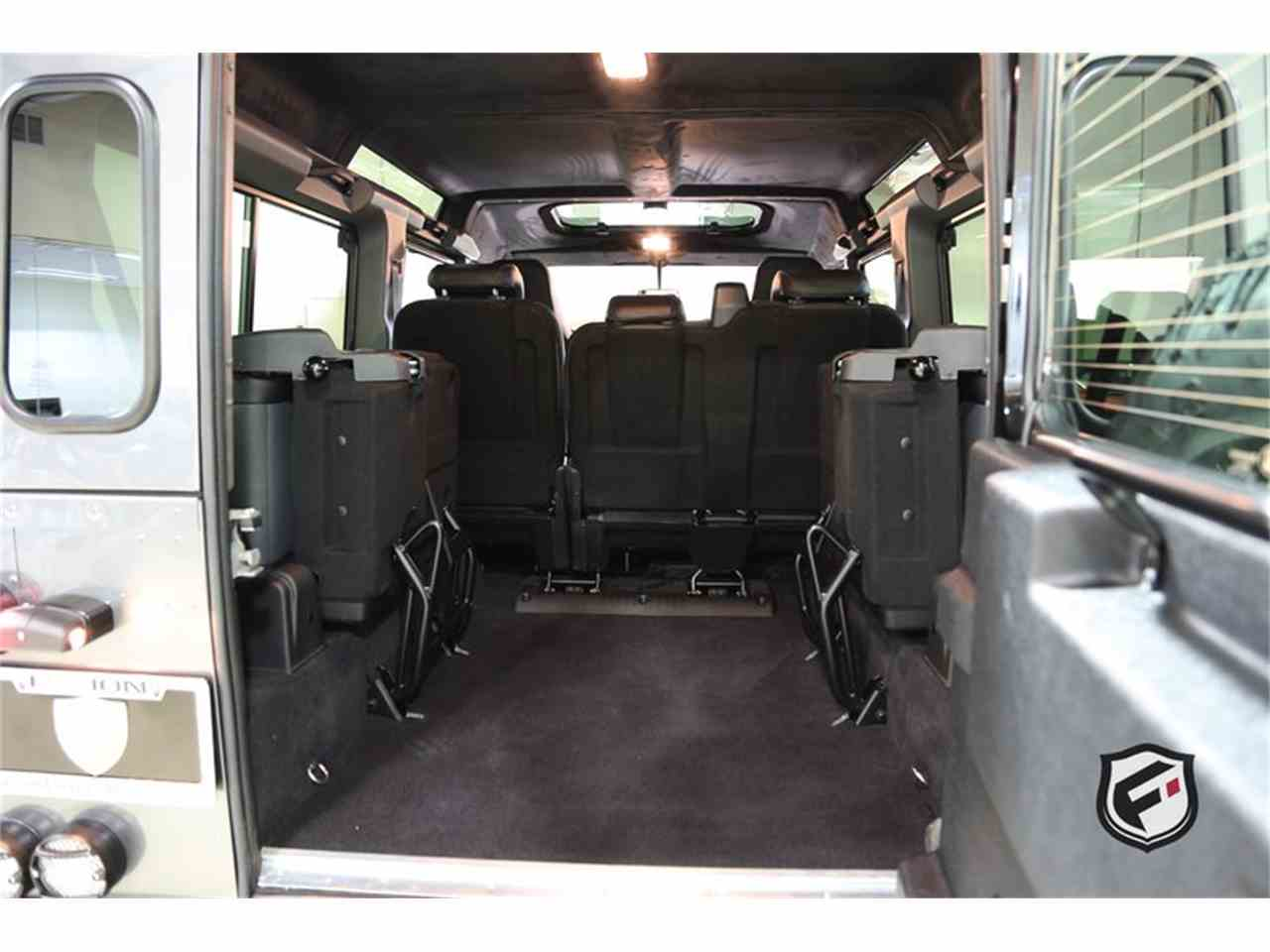 Large Picture of '94 Land Rover Defender located in California Auction Vehicle - JSI7
