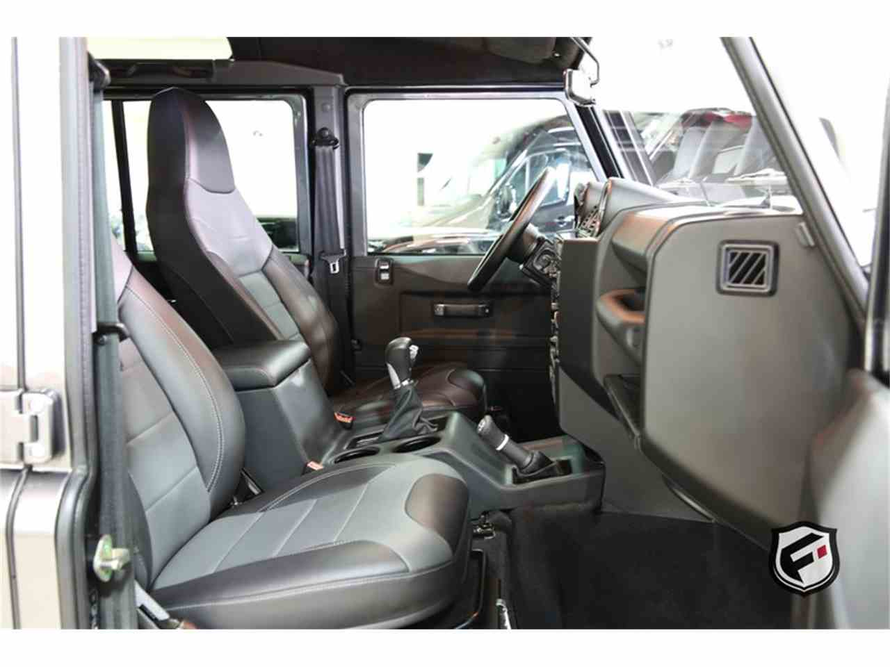 Large Picture of '94 Land Rover Defender located in California - JSI7