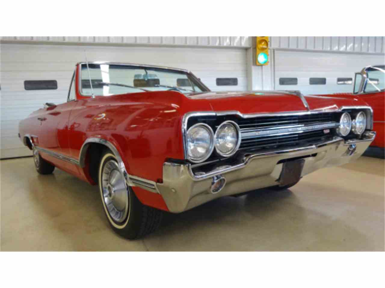 Large Picture of Classic 1965 Oldsmobile Cutlass located in Columbus Ohio - $26,995.00 Offered by Cruisin Classics - JSO3