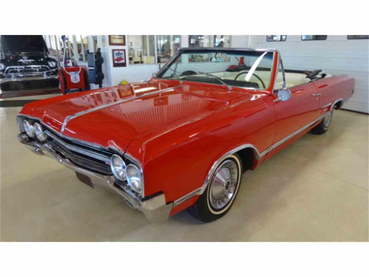 Large Picture of Classic 1965 Cutlass - $26,995.00 Offered by Cruisin Classics - JSO3