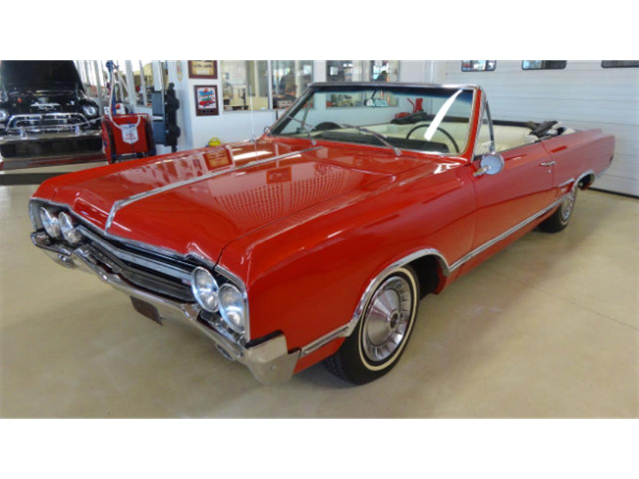 Large Picture of 1965 Oldsmobile Cutlass - $26,995.00 Offered by Cruisin Classics - JSO3
