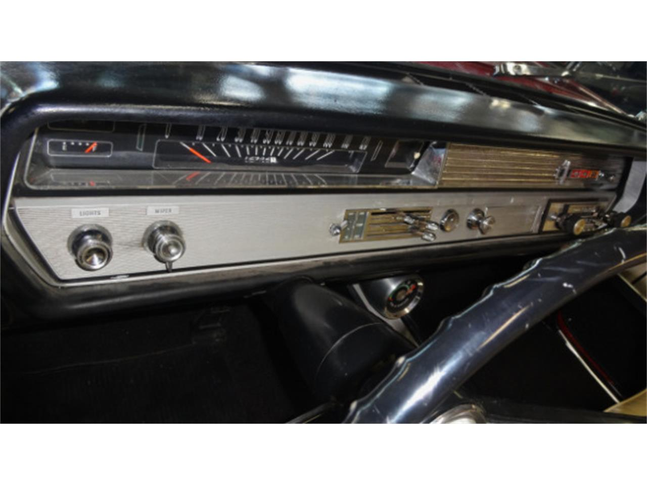 Large Picture of Classic 1965 Oldsmobile Cutlass Offered by Cruisin Classics - JSO3