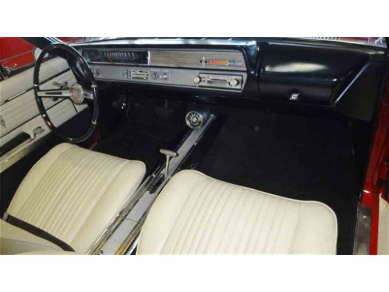 Large Picture of '65 Oldsmobile Cutlass located in Columbus Ohio Offered by Cruisin Classics - JSO3