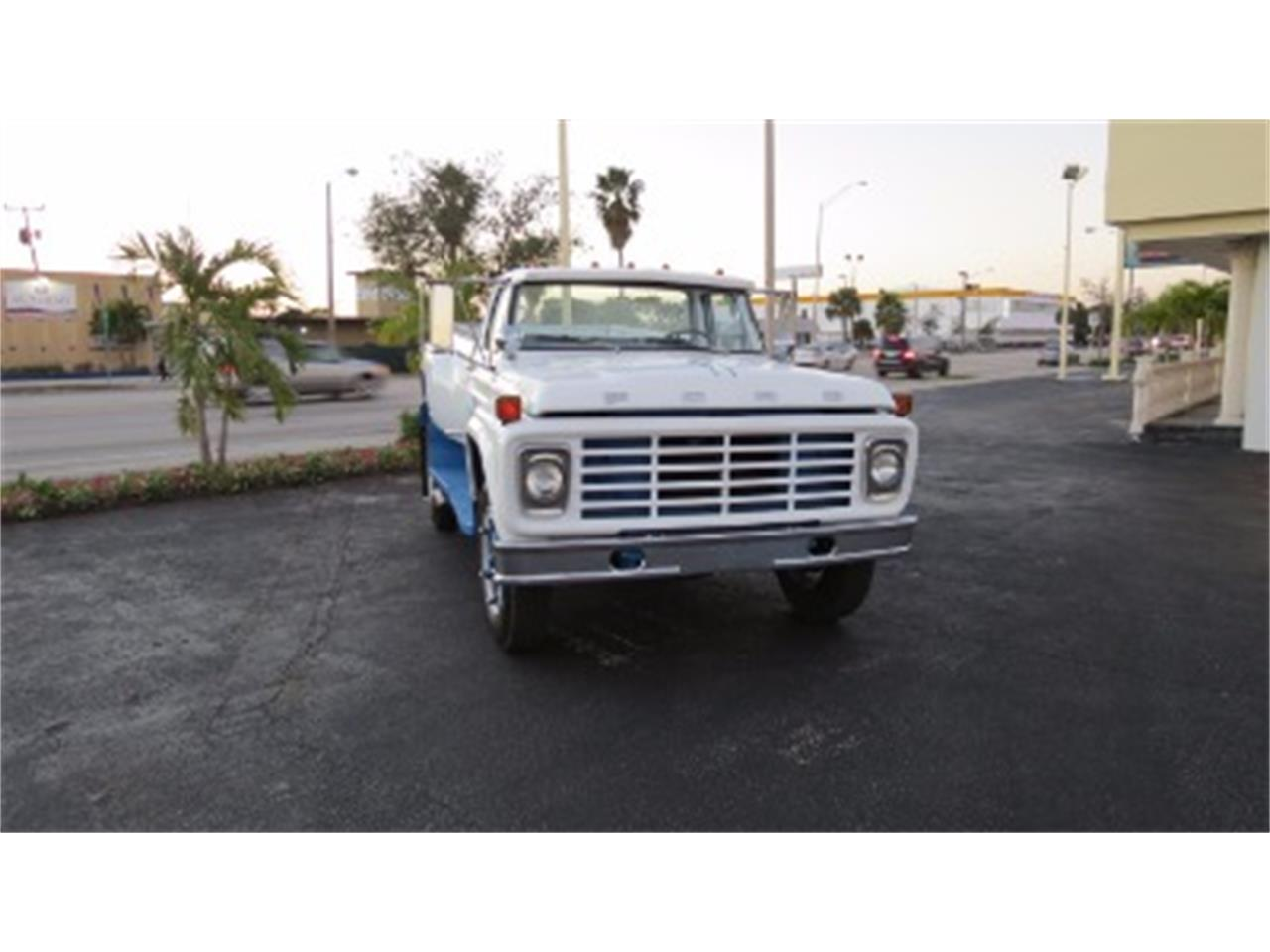 Large Picture of 1974 Ford F700 located in Miami Florida - $18,500.00 - JSOU